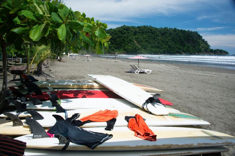 Costa Rica boasts both Caribbean and Pacific coastlines. It relies strongly on its tourism industry, especially visitors from the nearby United States